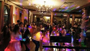 Affordable DJ service - $200/4 hours