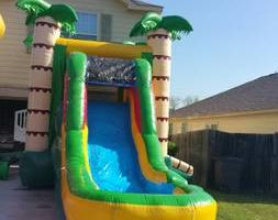 Moon bounce for rent for your main event. KIDDO RENTAL