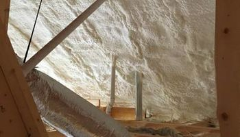 SPRAY FOAM INSULATION. LOWEST PRICE GUARANTEED!