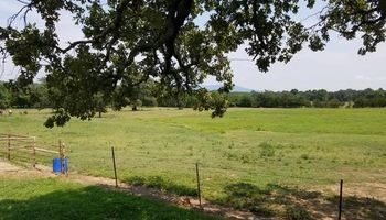 SJR RANCH - Wister Horseboarding - $160.00 per Horse a month