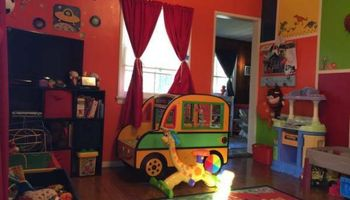 SMALL LICENSED DAYCARE has openings for infants/toddlers