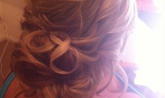 Wedding Hairstylist - I Come to You!