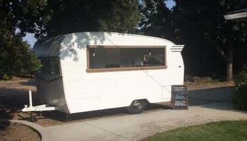Know Place to go - Vintage Mobile Bar for private parties
