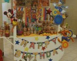 Alma's party & decor