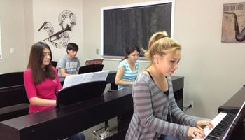 Teen Piano Class - WEDNESDAY 7pm