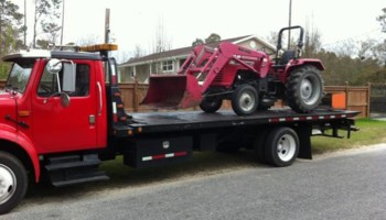 FLATBED - TOWING - ROLLBACK - WRECKER - SHED MOVING. GREAT PRICES!