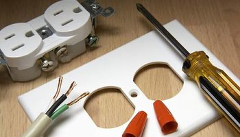 Electrician (the best prices for all your electrical needs)