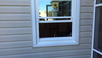 Finish Carpenter and Door Installer