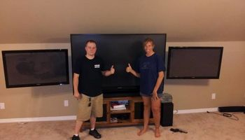 HOME theater TV MOUNTING MOUNTED HUNG SURROUND SOUND / MEDIA ROOM