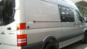 ***** ZIGGYVANZ ***** Williamsburg's own Man with a van