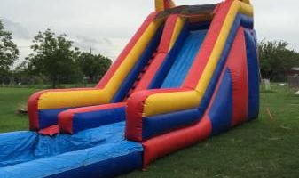 bounce house rentals still available this weekend!