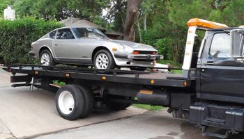 TOWING, FLAT RATE PRICING, QUICK and EASY