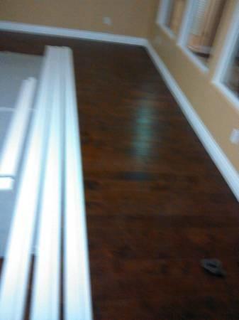 Tile and laminate wood floors 661 376 6927 los angeles for Laminate flooring estimate
