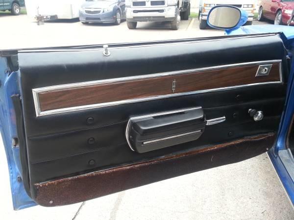 custom auto interior excellent work n sydez out 469. Black Bedroom Furniture Sets. Home Design Ideas