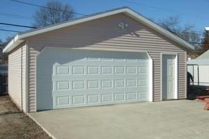 Photo #1: GARAGE DOORS
