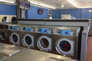 Photo #1: Sparkle City Laundromat