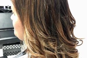 Photo #4: Luxe hair salon
