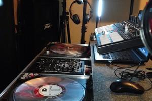 Photo #2: a DJ Tone Production Z