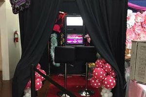 Photo #1: Photo Booths, Bounce Houses & More! Fabulous & Fun Rentals!!