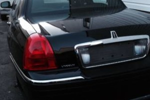 Photo #1: Lincoln Town car renta TLC $380