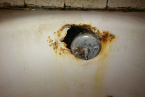 Photo #1: EXPERT BATHTUB REFINISHING with a low price guarantee!!