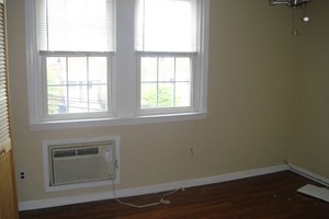 Photo #1: House Painter Looking For Work !!! Only 15/hr