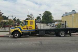 Photo #1: Tow service /servicio de grua