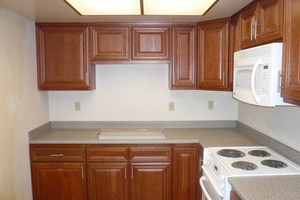 Photo #1: LICENSED LAMINATE COUNTERTOPS INSTALLATION SPECIALIST