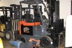 Photo #1: Ralph's Mobile Forklift Repair and Service 562-309-LIFT