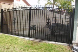 Photo #1: IRON WORK - yard fence, pool fence, railings