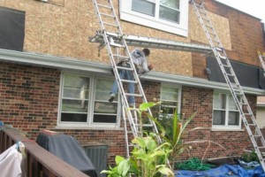 Photo #1: ROOFING CREW FOR COMPANIES