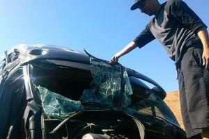Photo #1: Hheavy trucks windshields