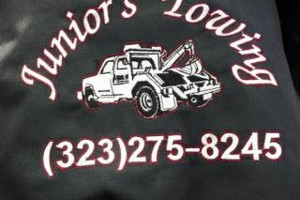 Photo #1: JUNIOR'S TOWING SERVICES 24HOURS