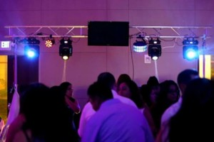 Photo #1: Dj PROFESIONAL - DESDE $250 POR 6 HORAS
