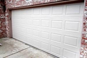 Photo #1: Garage Doors & Gates