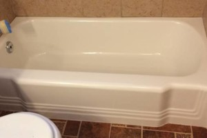Photo #1: TEXAS ReSURFACING. Tub Refinishing, Countertop Refinishing, Tub Resurfacing