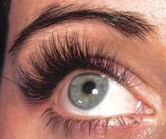 Photo #1: LUXURIOUS Eyelash Extensions (Invisions Day Spa Salon)
