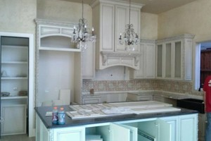 Photo #1: Royal Remodeling. Cabinet Installation