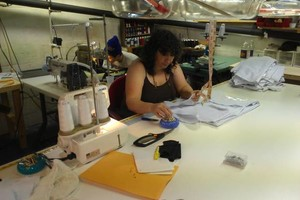 Photo #1: SEAMSTRESS DESIGNER