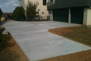 Photo #1: Dallas Driveways Concrete Contractor