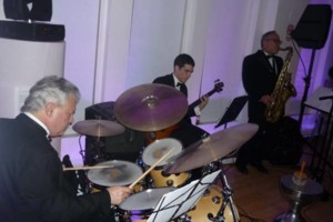 Photo #1: Jazz Combo(band, entertainment, live music) w/Ears of Experience