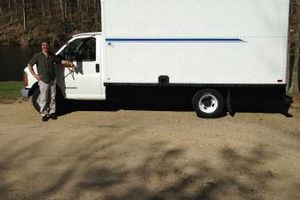 Photo #1: 14FT BOX TRUCK W/EQUIP/SMALL MOVES/NYC TRIPS