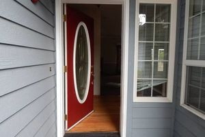 Photo #1: MAJESTIC PAINTING CO. Affordable/Experienced Painter!