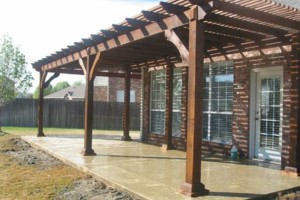 Photo #1: TITAN'S ROOFING AND CONSTRUCTION. FENCE - ROOF - PATIO COVERS .
