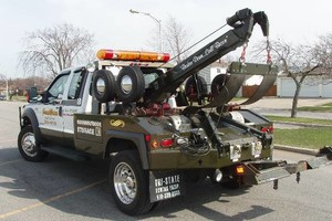 Photo #1: CHEAPEST TOW TRUCK SERVICES AND FASTEST RESPOND TIME/WRECKER