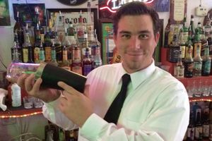 Photo #1: Private Bartender / Mixologist