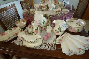 Photo #8: NEED HOUSEHOLD CLEANOUT? WE HAVE GREAT ESTATE SALES!