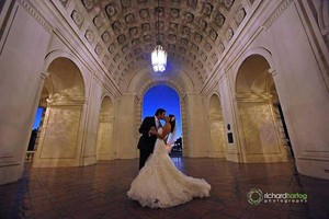 Photo #1: Richard Hartog. AWARD-WINNING WEDDING, HEADSHOTS, EVENTS, & PORTRAIT PHOTOS
