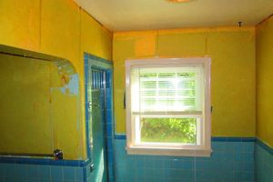 Photo #5: Gel staining, interior painter, wallpaper removal...