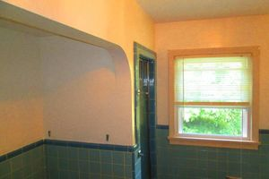 Photo #8: Gel staining, interior painter, wallpaper removal...
